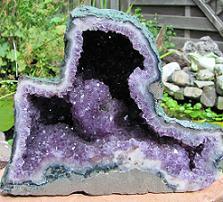 edelstenen en mineralen amethist geode