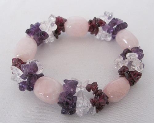 rozenkwarts armband met amethist, bergkristal en granaat