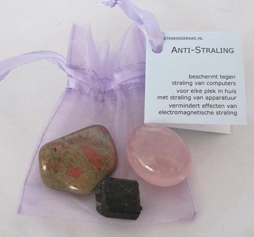 buideltje anti-straling, met rozenkwarts, toermalijn en unakiet