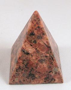 https://www.stenensieraad.nl/winkelgroot/piramide4g.jpg